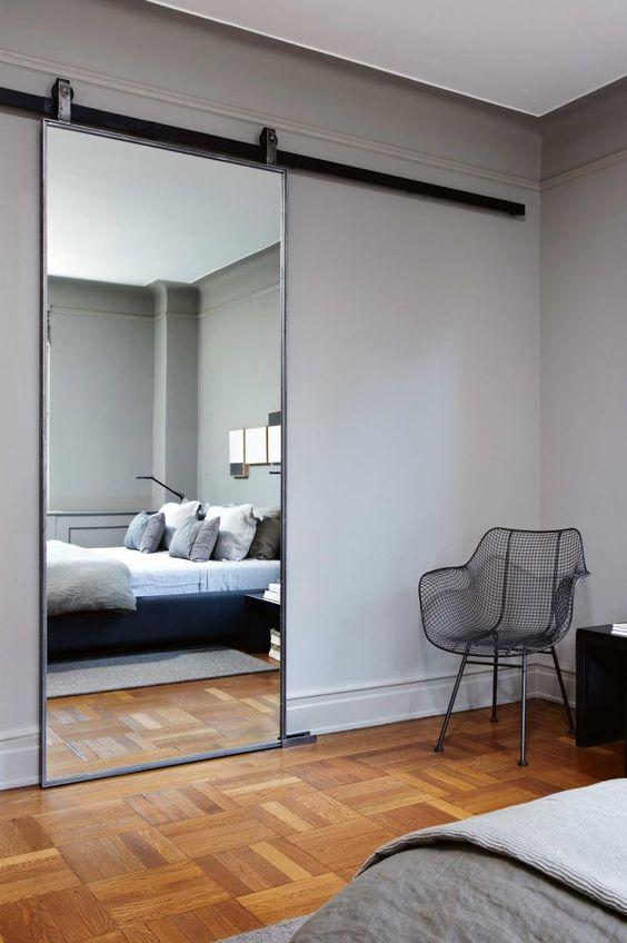lustro zamiast drzwi