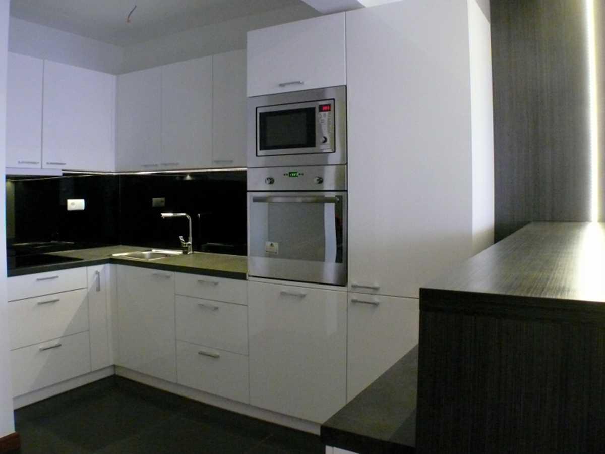 Architekci wnętrz kuchnia w bieli