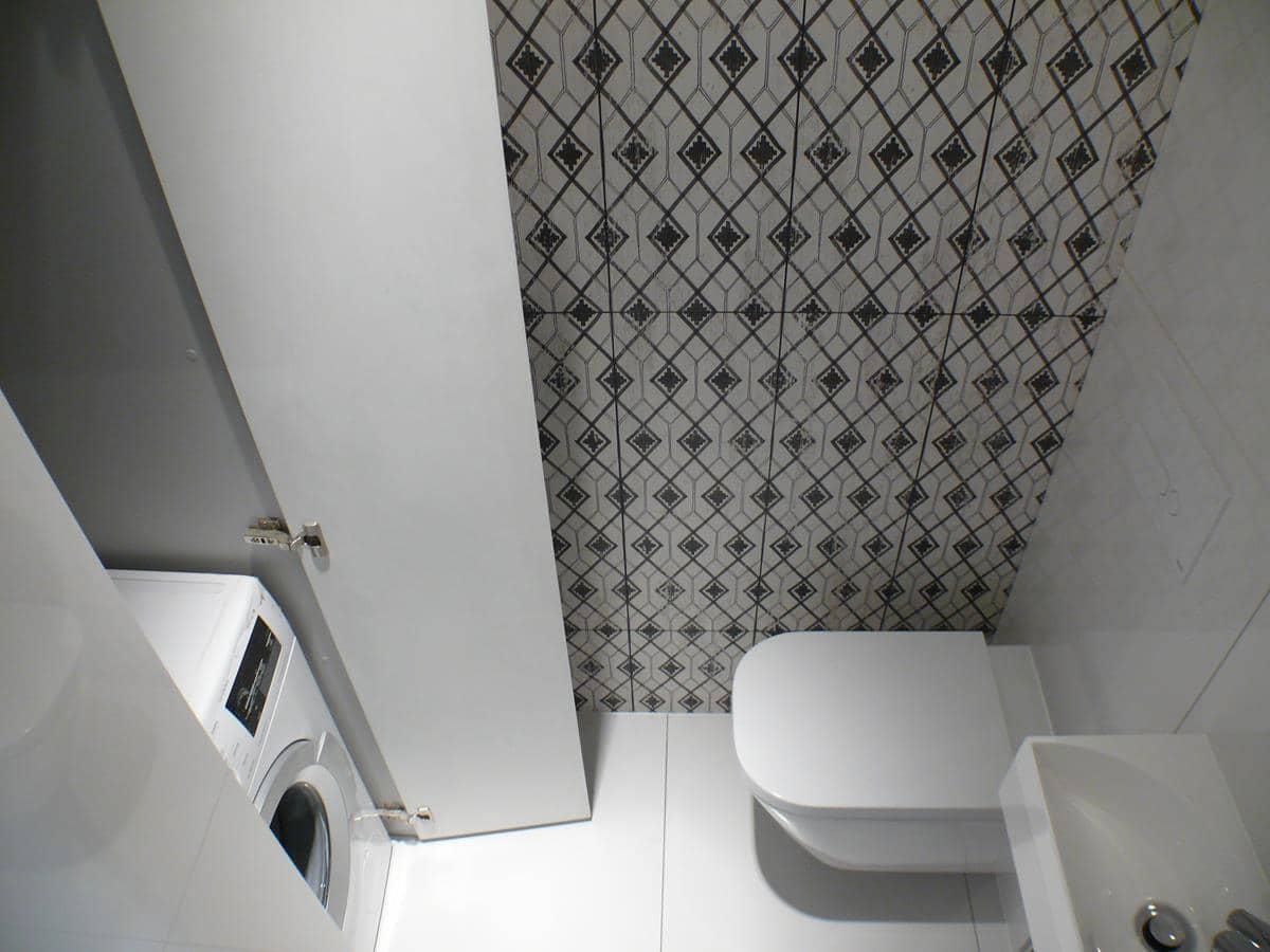 Projekty z wykonaniem, architekci wnętrz - wc z pralką