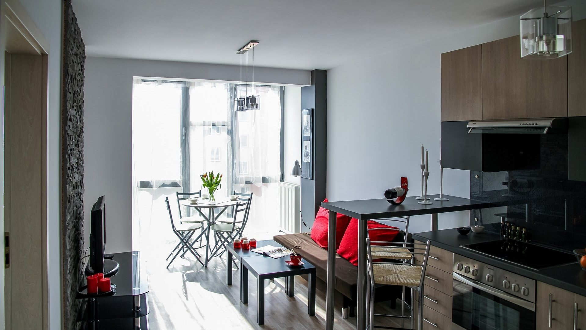 Porządek na kwadracie – czyli jak utrzymać czystość w małym mieszkaniu